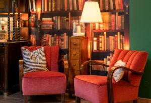 Big Chairs Bibliothek