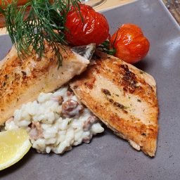 Lachs Filet with Mushroom Risotto